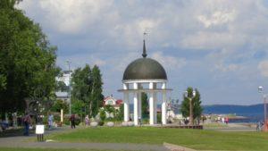 Белая Ротонда на набережной Петрозаводска