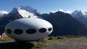 "Гостиница ""Летающая тарелка"" на высоте 2250 м"